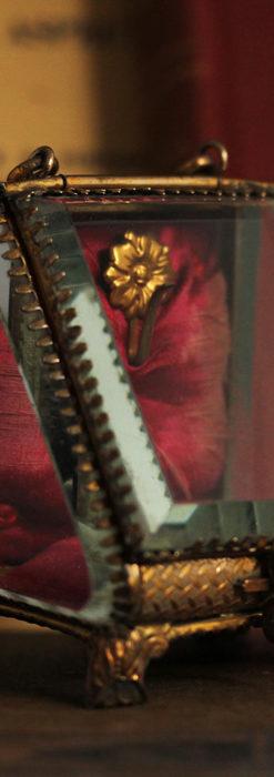 懐中時計収納用ガラスケース 装飾入り三角形-S0844-1