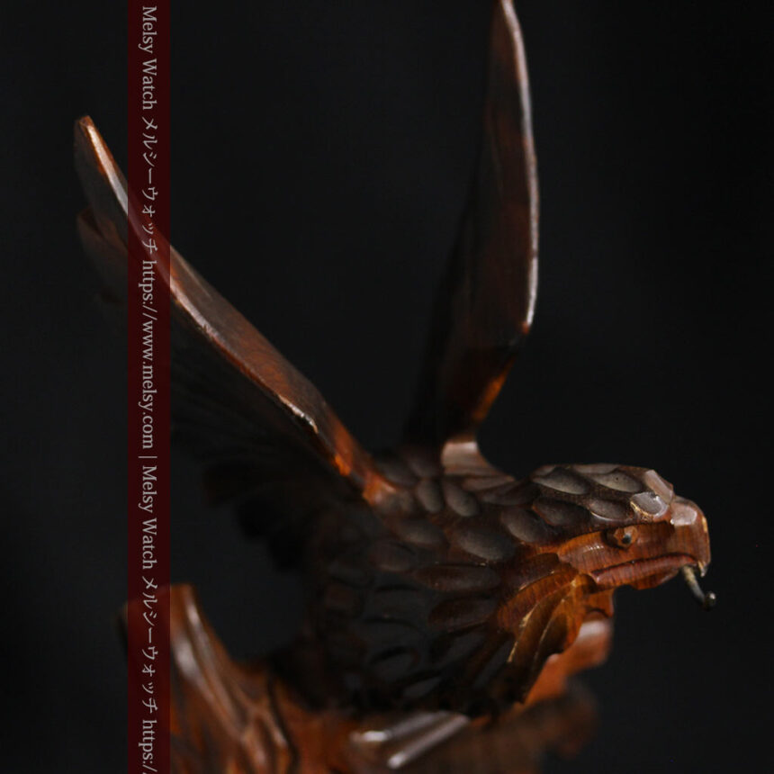 木に留まる鷲 風格ある木彫り懐中時計スタンド-S0845-1