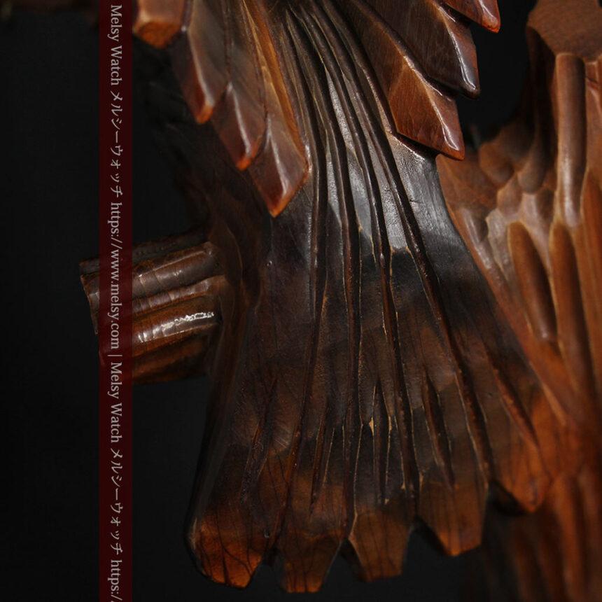 木に留まる鷲 風格ある木彫り懐中時計スタンド-S0845-11
