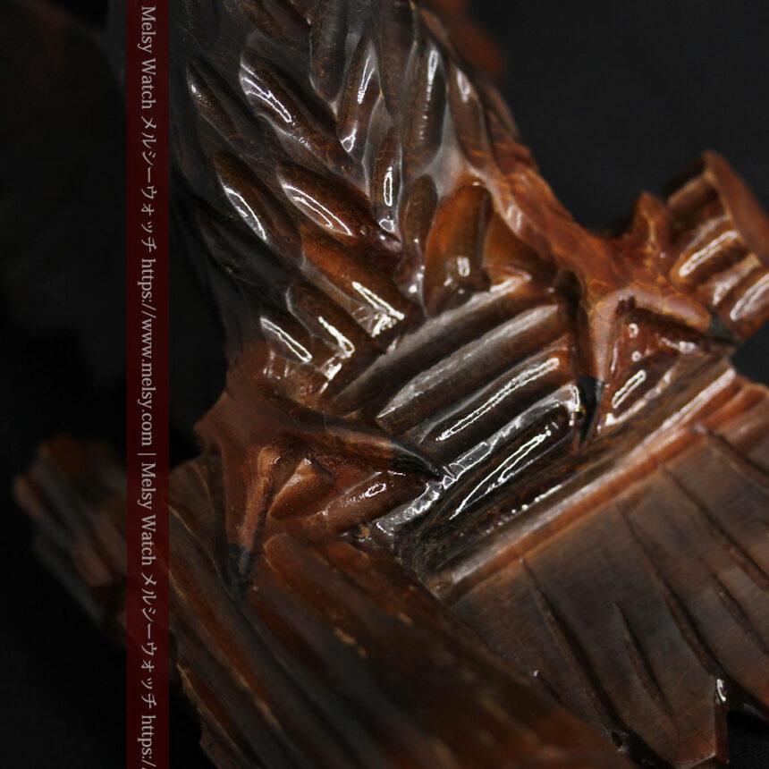 木に留まる鷲 風格ある木彫り懐中時計スタンド-S0845-13