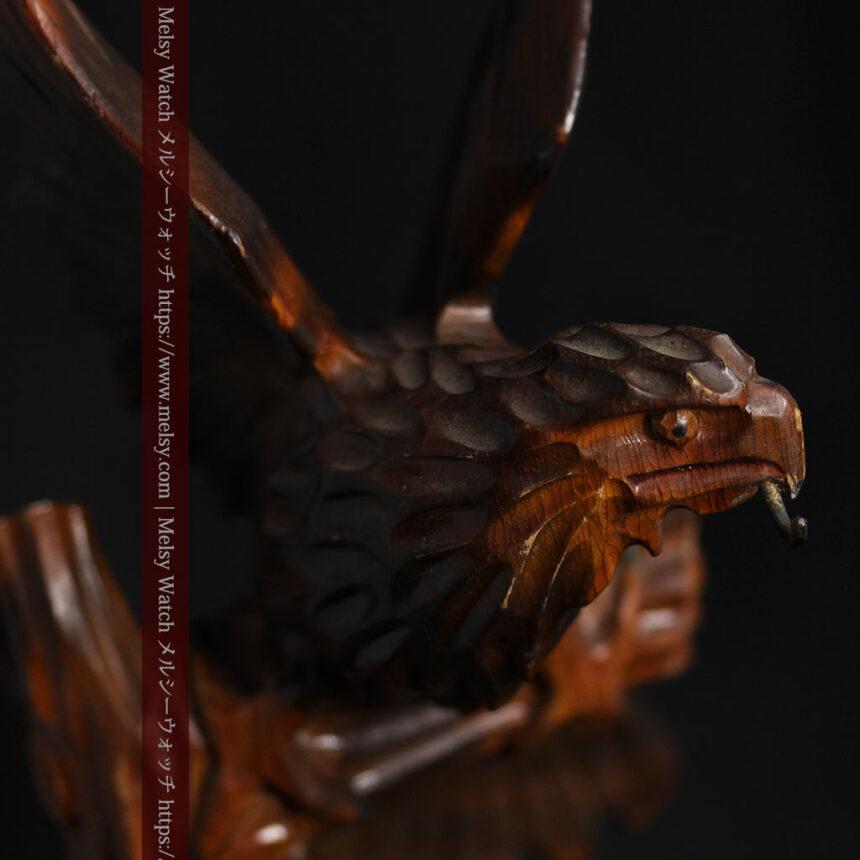 木に留まる鷲 風格ある木彫り懐中時計スタンド-S0845-2