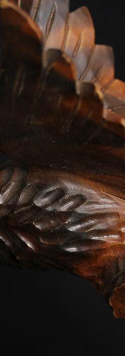 木に留まる鷲 風格ある木彫り懐中時計スタンド-S0845-7