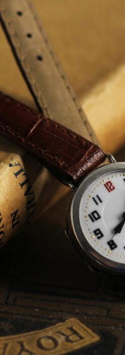 銀無垢の素朴な味わいの女性用アンティーク腕時計 【1923年頃】-W1524-1