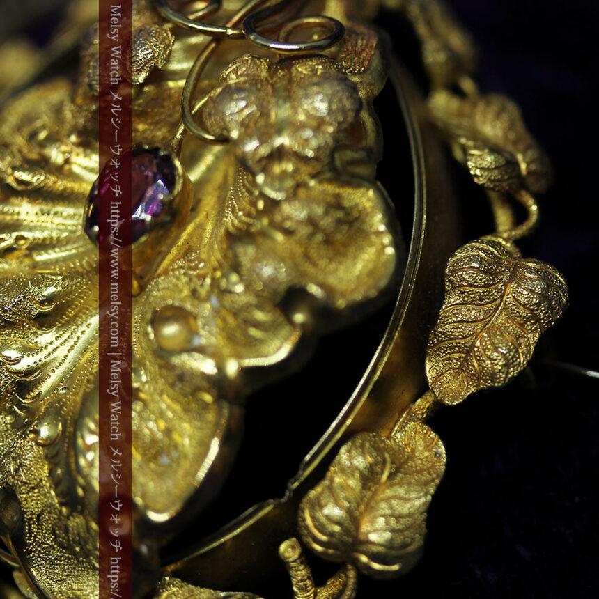 存在感ある秀麗なアンティーク 大粒ルビーと18金の大きな花形ブローチ-A0306-10