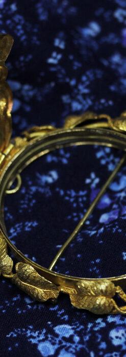 存在感ある秀麗なアンティーク 大粒ルビーと18金の大きな花形ブローチ-A0306-11