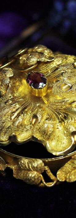 存在感ある秀麗なアンティーク 大粒ルビーと18金の大きな花形ブローチ-A0306-6