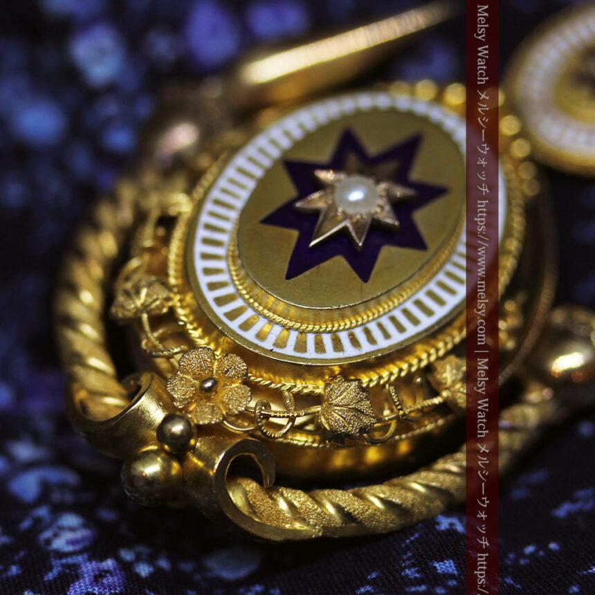 アンティークの品格と風格漂う18金ブローチとイヤリングのセット 【箱付き】-A0308-10