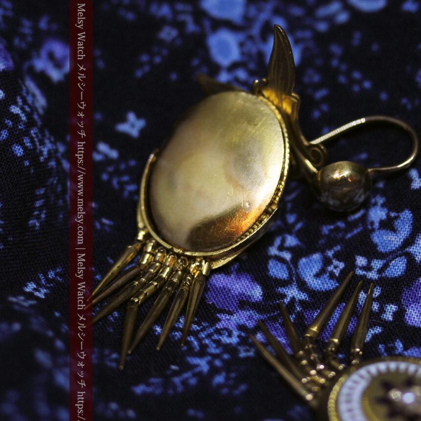 アンティークの品格と風格漂う18金ブローチとイヤリングのセット 【箱付き】-A0308-14
