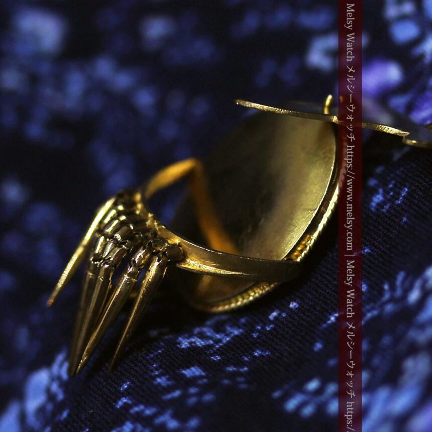 アンティークの品格と風格漂う18金ブローチとイヤリングのセット 【箱付き】-A0308-15