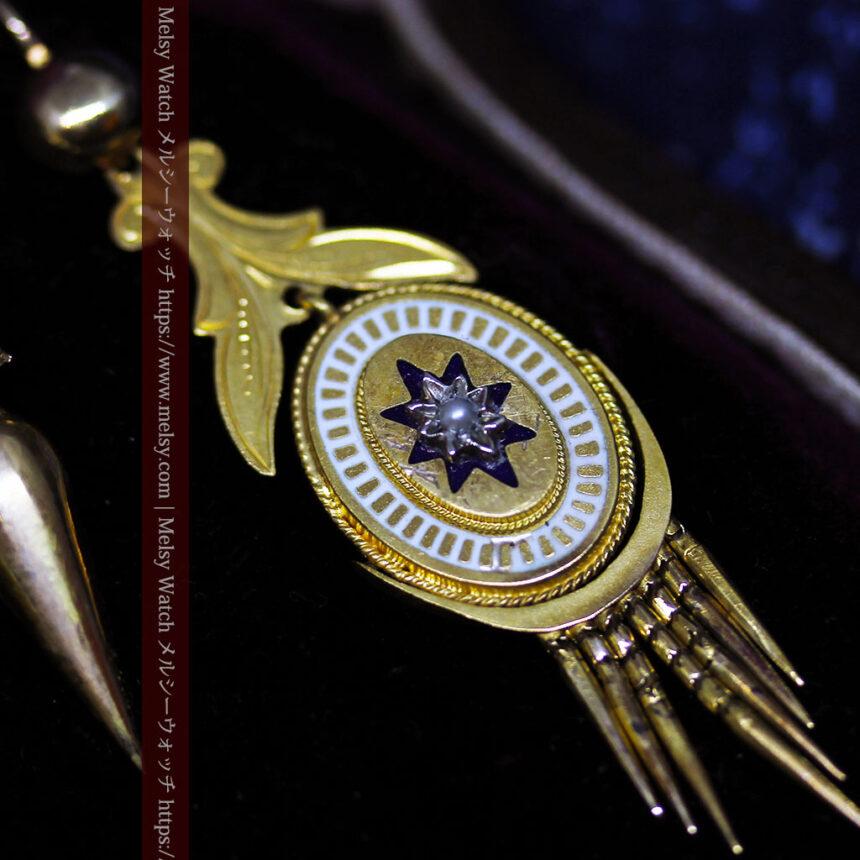 アンティークの品格と風格漂う18金ブローチとイヤリングのセット 【箱付き】-A0308-6