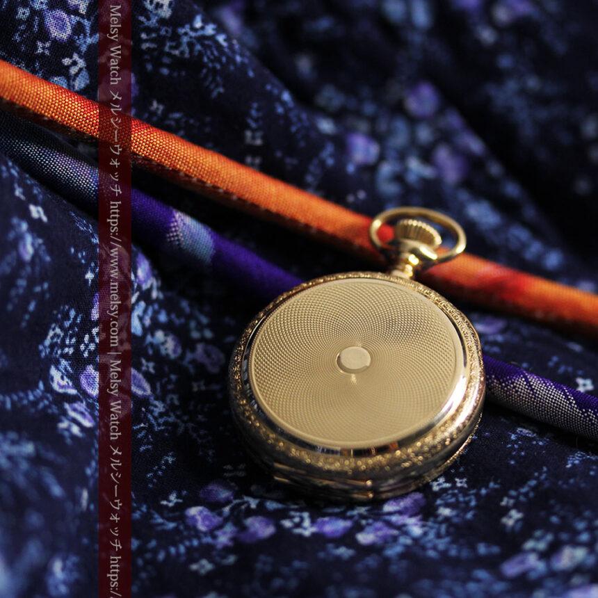 細やかな装飾の光るエルジンの金無垢アンティーク懐中時計 【1900年頃】-P2301-11