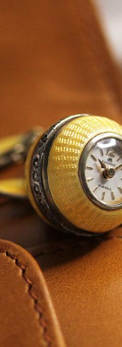 ブヘラの銀無垢ネックレス時計 梔子色のエナメル装飾【1960年頃】-P2302-12