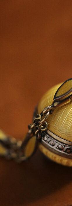 ブヘラの銀無垢ネックレス時計 梔子色のエナメル装飾【1960年頃】-P2302-13