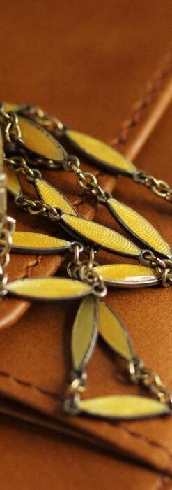 ブヘラの銀無垢ネックレス時計 梔子色のエナメル装飾【1960年頃】-P2302-16