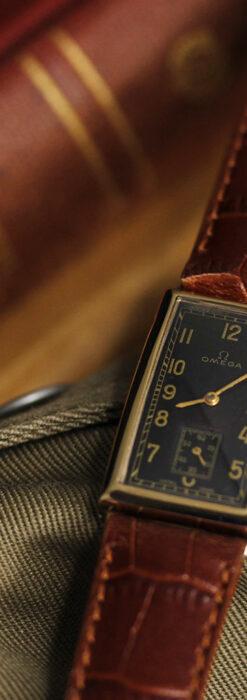 オメガのシックな黒色文字盤 品ある縦長アンティーク腕時計 【1940年製】-W1529-1