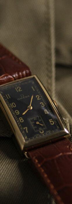 オメガのシックな黒色文字盤 品ある縦長アンティーク腕時計 【1940年製】-W1529-13