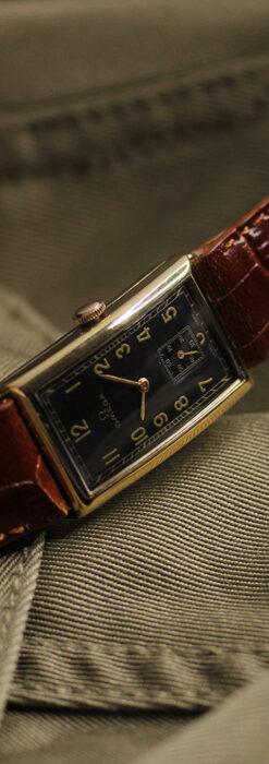 オメガのシックな黒色文字盤 品ある縦長アンティーク腕時計 【1940年製】-W1529-6