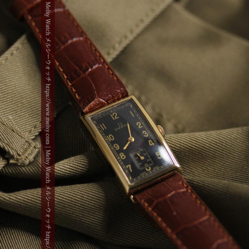 オメガのシックな黒色文字盤 品ある縦長アンティーク腕時計 【1940年製】-W1529-7
