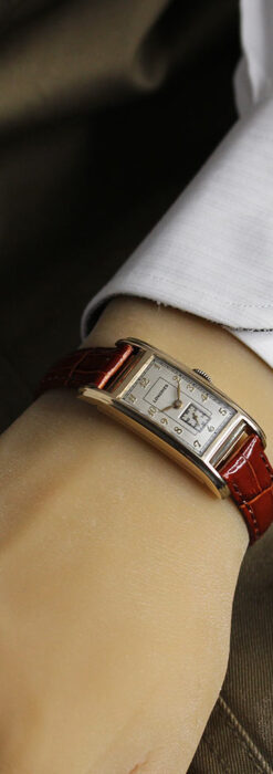 ロンジンの曲線の綺麗な縦長アンティーク金無垢腕時計 【1943年製】-W1530-25