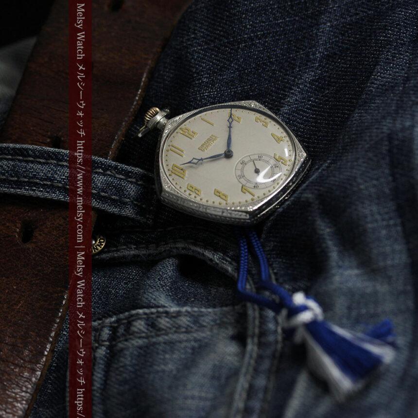 特殊な五角形 グリュエンのアンティーク懐中時計 【1930年頃】-P2307-13