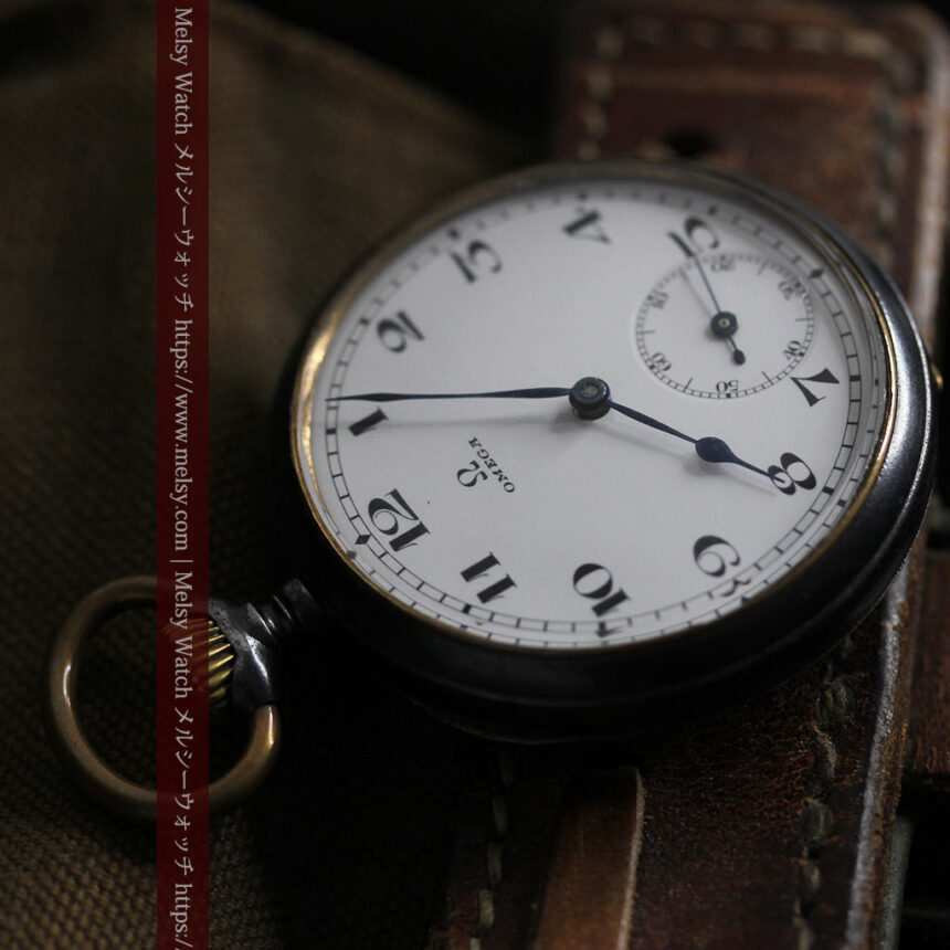黒色に映える銀の紋章 オメガのアンティーク懐中時計 【1899年製】-P2308-14