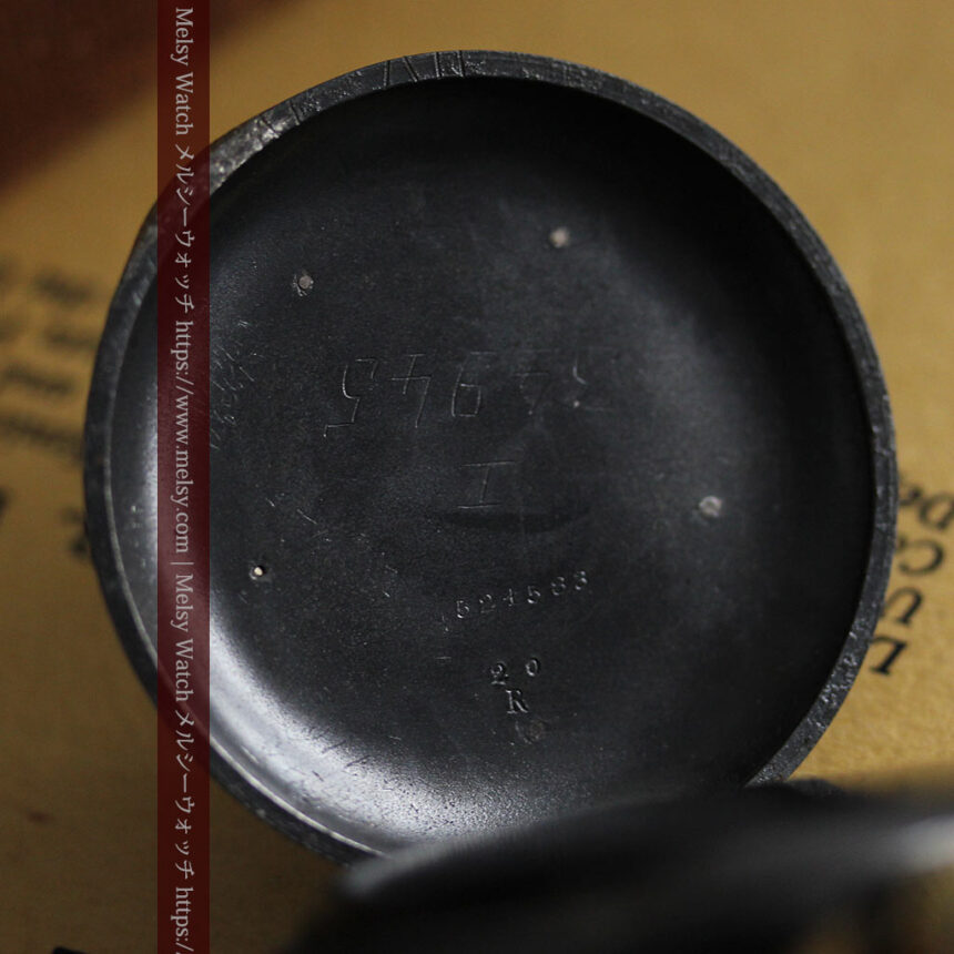 黒色に映える銀の紋章 オメガのアンティーク懐中時計 【1899年製】-P2308-20
