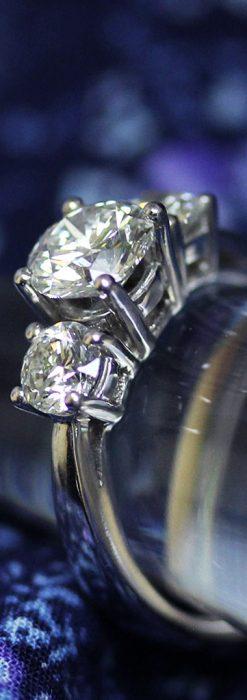 3石のダイヤモンドと18金の指輪-A0203-2