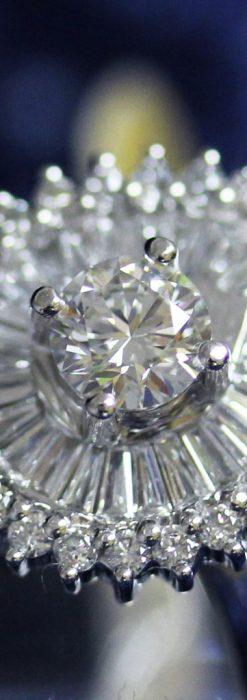 ドロップ型のダイヤモンドと18金の指輪-A0206-2
