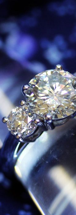 大粒のダイヤモンドと18金の指輪-A0207-1