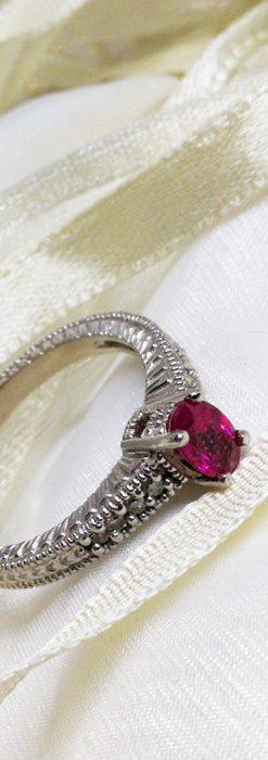 ピジョンブラッドのルビーとダイヤモンドの金無垢指輪-A0226-2