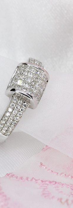 72石のダイヤモンドが煌めく18金リング-A0248-1