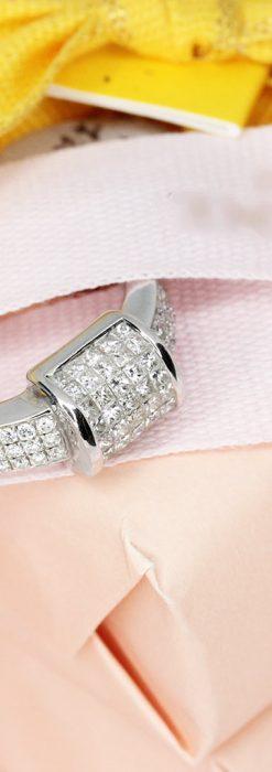 72石のダイヤモンドが煌めく18金リング-A0248-2