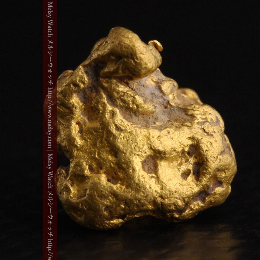 4.1gの立体的な形の自然金・オーストラリア産-A0266-1