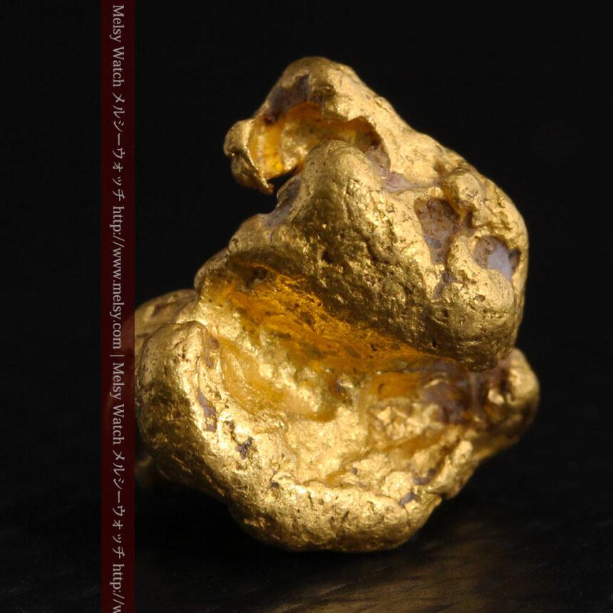 4.1gの立体的な形の自然金・オーストラリア産-A0266-2