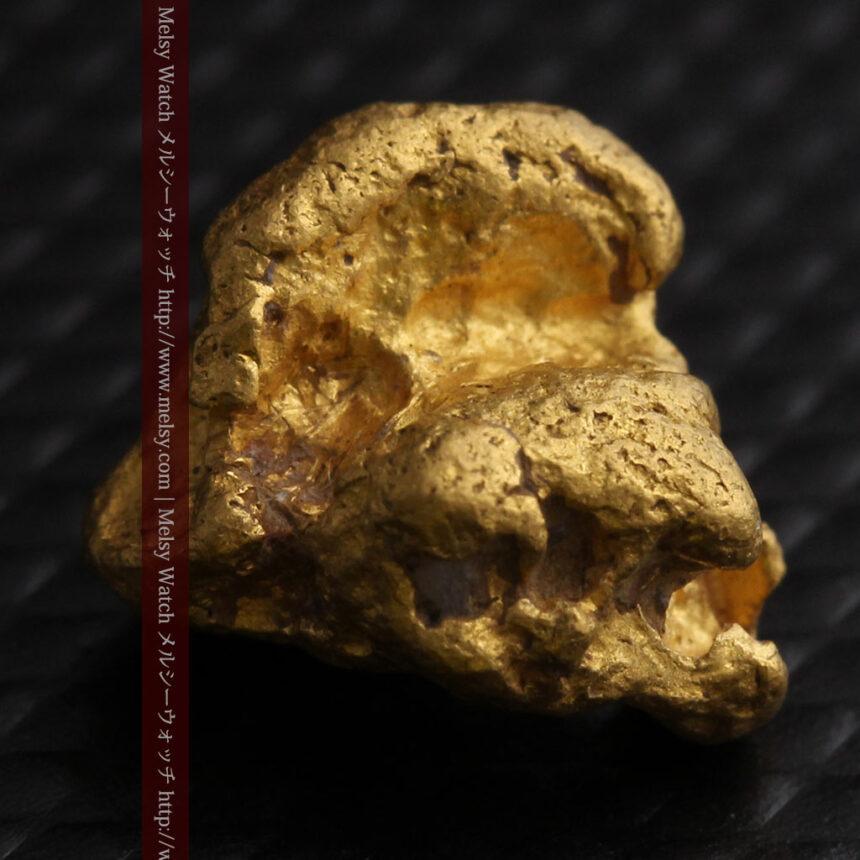 4.1gの立体的な形の自然金・オーストラリア産-A0266-5