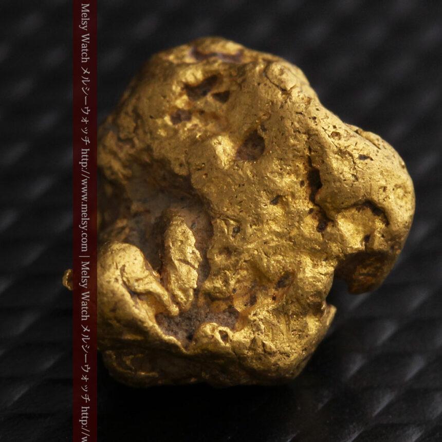 4.1gの立体的な形の自然金・オーストラリア産-A0266-6