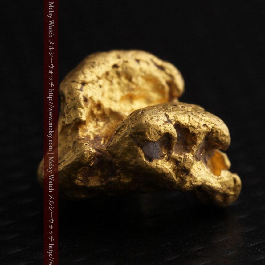 4.1gの立体的な形の自然金・オーストラリア産-A0266-7