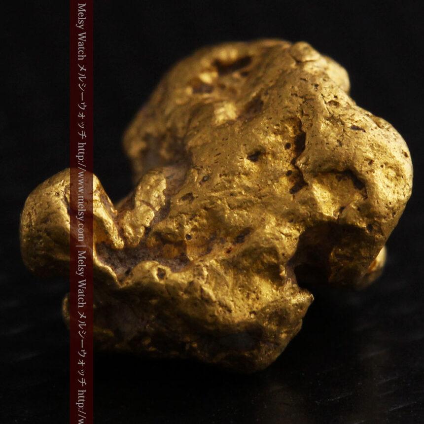 4.1gの立体的な形の自然金・オーストラリア産-A0266-9