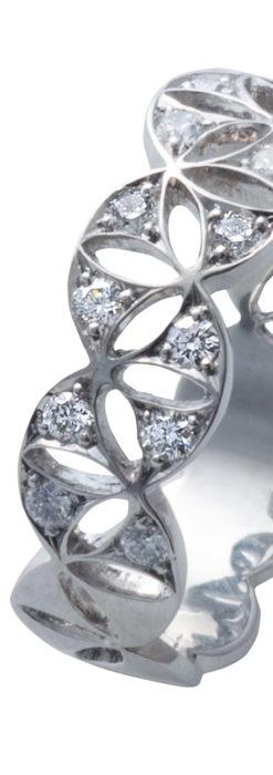 ダイヤモンドとプラチナリング -よみがえる伝承の職人技と造形美-A0286-8