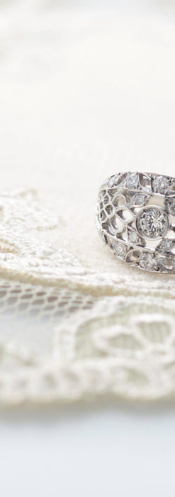 ダイヤモンドとプラチナリング -よみがえる伝承の職人技と造形美-A0289-2