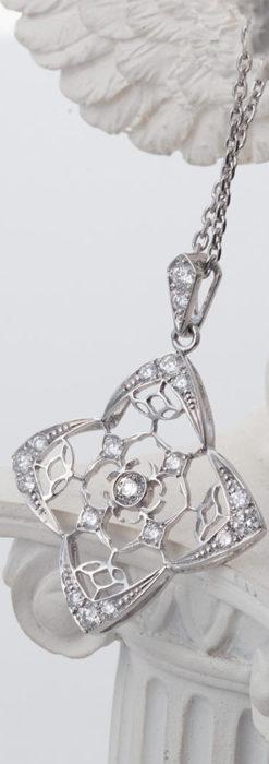 ダイヤモンドとプラチナのペンダント -よみがえる伝承の職人技と造形美-A0297-2