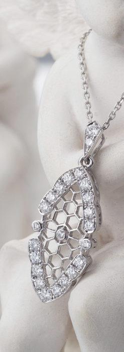 ダイヤモンドとプラチナのペンダント -よみがえる伝承の職人技と造形美-A0298-2