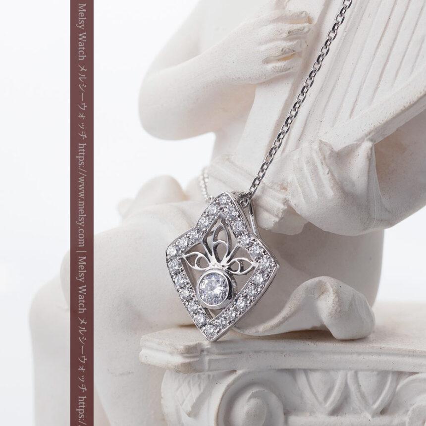 ダイヤモンドとプラチナのペンダント -よみがえる伝承の職人技と造形美-A0299-2