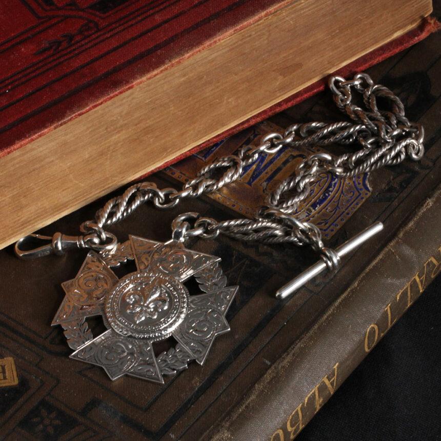 抜群の存在感を誇る特大装飾付き極太銀無垢アンティーク懐中時計チェーン-C0454-9