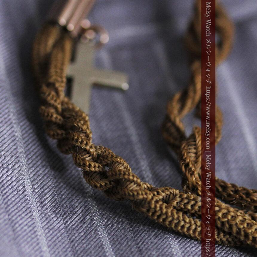 髪の毛で編んだ懐中時計用のアンティーク紐 十字架付き【1900年頃】-C0456-9