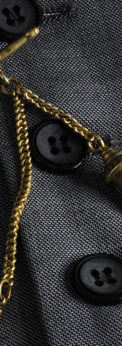 遊び心のあるアンティーク懐中時計チェーン 飾り付き複線-C0457-2