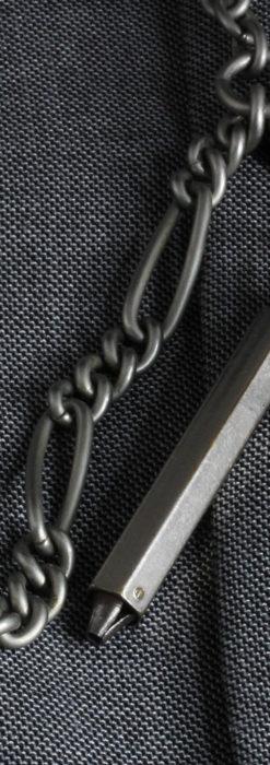 くすんだ銀色のアンティーク懐中時計チェーン 鍵巻き付き-C0458-13