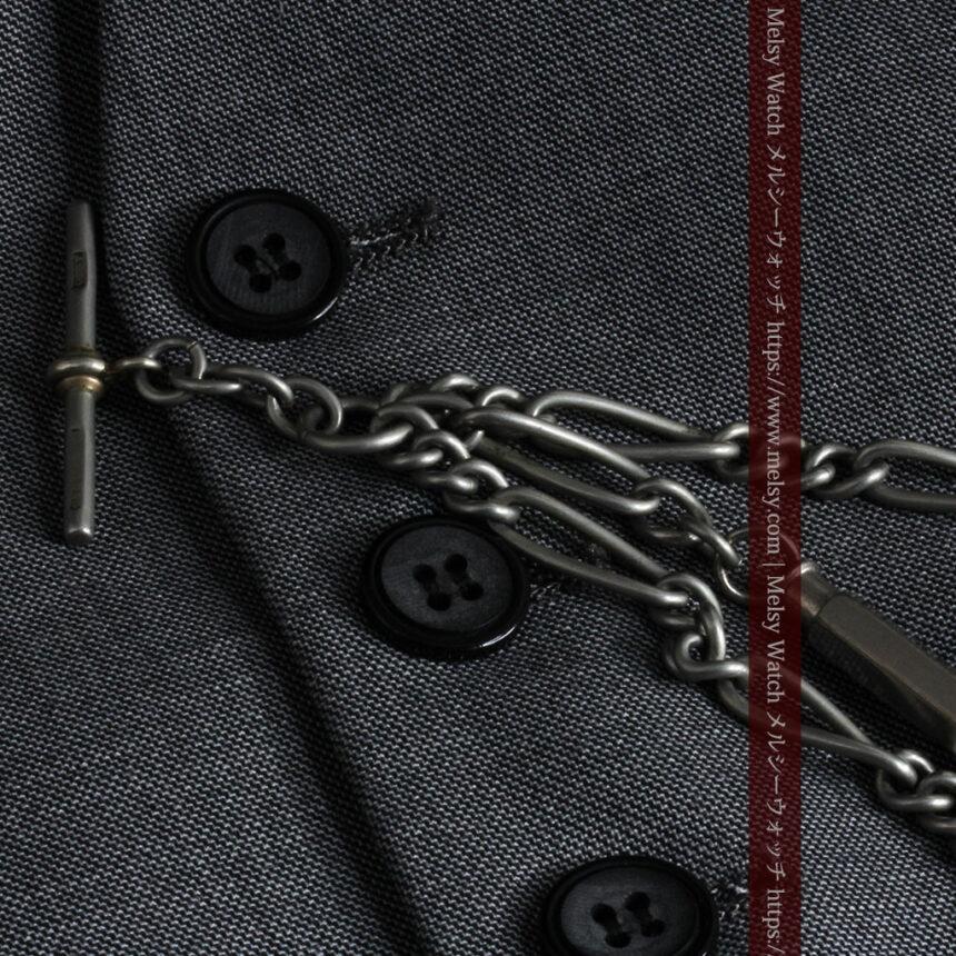 くすんだ銀色のアンティーク懐中時計チェーン 鍵巻き付き-C0458-9
