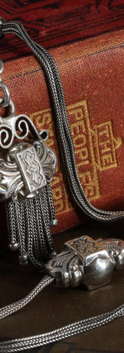 三つ大きな飾り付き 銀無垢アンティーク懐中時計チェーン-C0472-6