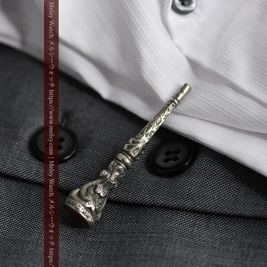 銀無垢の装飾の綺麗なアンティーク鍵巻き-C0476-1